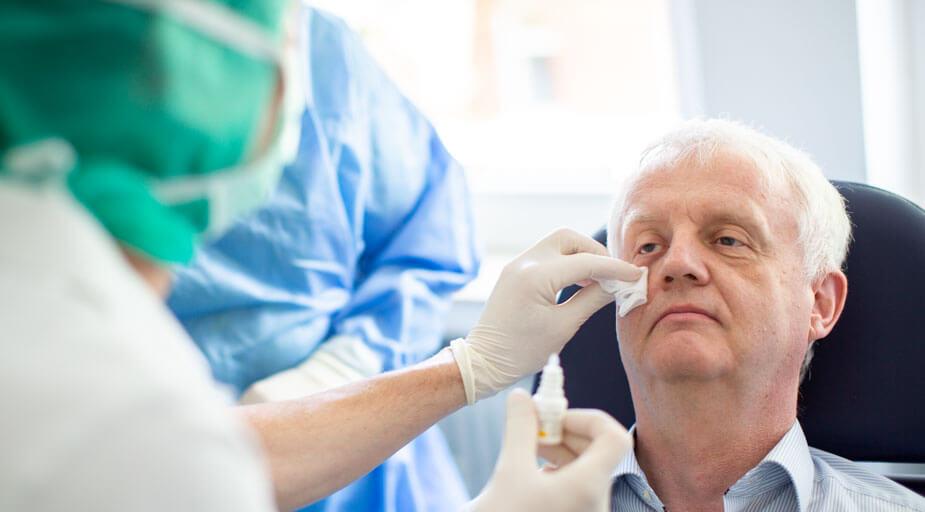 Augenärzte Sindelfingen – Augenoperation – Lid-OP