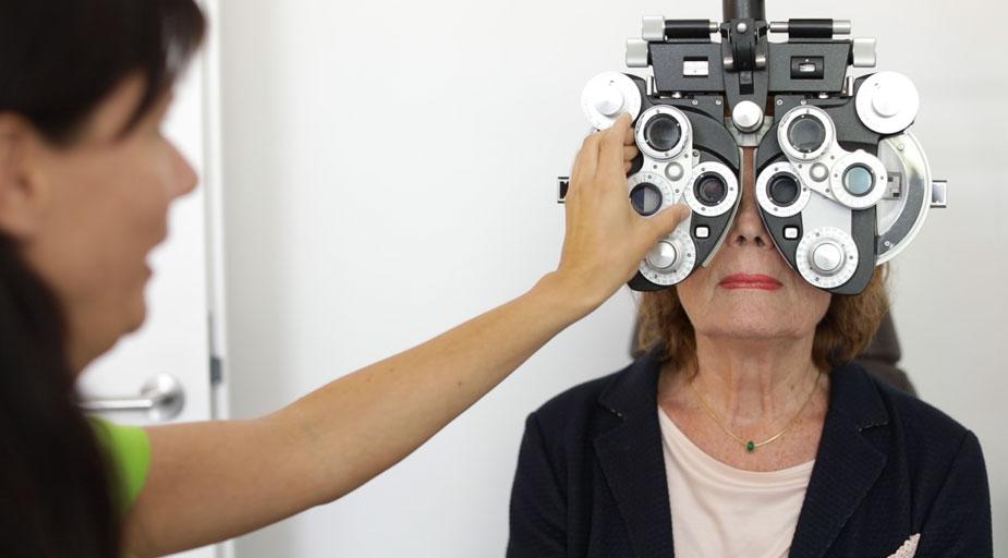 Augenärzte Sindelfingen – Kontaktlinsen – Refraktion